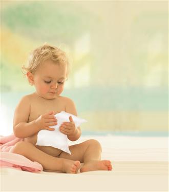 'Yok Konsepti' ile HİPP Babysanft Ultra Sensitive Temizleme ve Bakım Mendilleri
