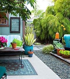 Bahçelere renk katacak dekorasyon önerileri