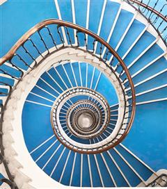 Budapeşte'nin Büyüleyici Merdivenleri