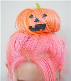 Cadılar Bayramı İçin Aksesuarlarla Yapabileceğiniz 4 Eğlenceli Saç Modeli