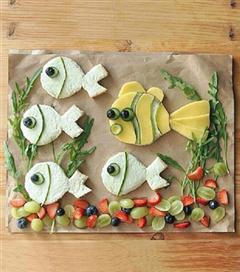 Hayvan figürleriyle çocuklara eğlenceli tabaklar hazırlayın