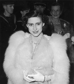 Kraliyetin Büyüleyici Güzeli Prenses Margaret'ın Stil Görünümleri