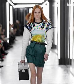Paris Moda Haftası: Louis Vuitton İlkbahar/Yaz 2019