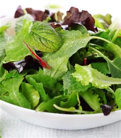 Sağlıklı Bir Salata Nasıl Olmalı?