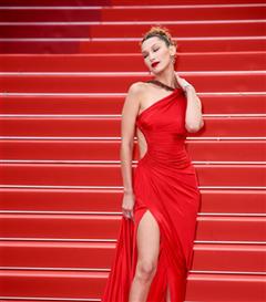 Trendus ile Son 10 Yılın En'leri: Kırmızı Halı Görünümleri