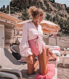 Yaz Aylarında Pozlarından İlham Alacağınız Muhteşem Instagram Kareleri