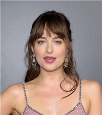 Dakota Johnson Hamile Mi?