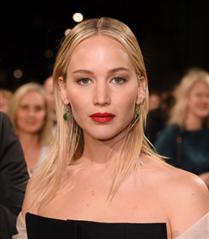 2018 BAFTA Ödülleri Saç Makyaj
