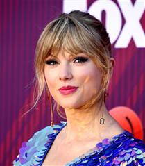 2019 iHeartRadio Müzik Ödülleri'ne Damga Vuran Kırmızı Halı Görünümleri