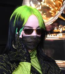 2020 Grammy Ödülleri'nin Öne Çıkan Güzellik Görünümleri
