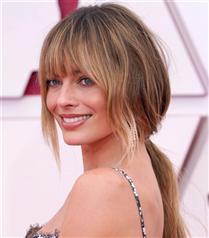 2021 Oscar Ödülleri'nin Öne Çıkan Güzellik Görünümleri