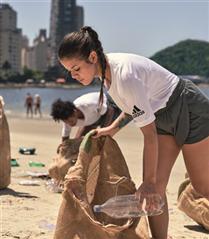 adidas Plastik Atıkların Önüne Geri Dönüşümle Geçecek