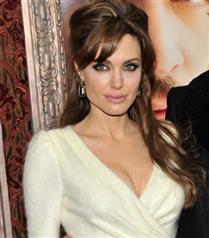 Angelina Jolie, mücevher tasarımcısı oluyor