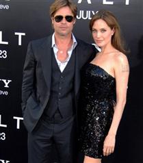 Angelina Jolie ve Brad Pitt Salt galasında