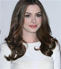 Anne Hathaway`in peri masalı gerçek oluyor
