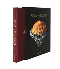 Assouline Yayınevi`den Sevan Bıçakçı kitabı