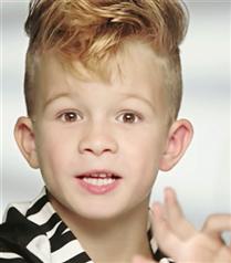 Barbie Bebek Reklamında Erkek Çocuk