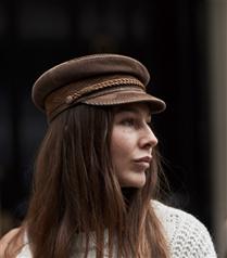 Bu Kışı Sıcak ve Havalı Geçirmek İçin 10 Şapka Önerisi