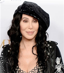 Cher: Tacizden Hasta Taklidiyle Kurtuldum