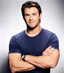 Chris Hemsworth dünyanın en seksi erkeği seçildi