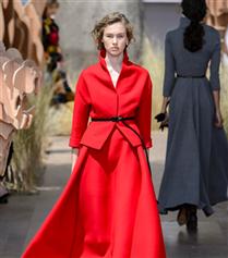 Christian Dior Sonbahar 2017-18 Couture Defilesi