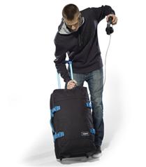 Eastpak çantalar speaker hediyeli