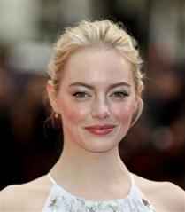 Emma Stone'un Güzellik Evrimi