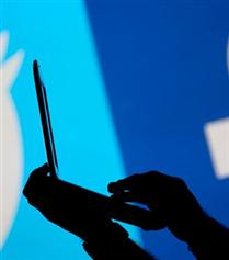 Facebook ve Twitter Önlem Alıyor