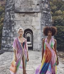 Fashion Week Istanbul: Arzu Kaprol İlkbahar/ Yaz 2022