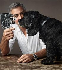 George Clooney ve köpeği Omega reklamlarında