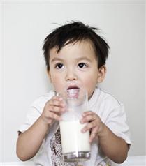 İnek sütü çocuğunuzda alerji yapabilir