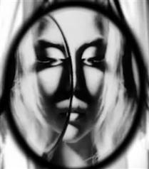 İşte Lady Gaga`lı Mac Reklamı