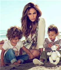 J Lo ve Gucci Kids