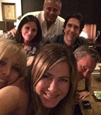 Jennifer Aniston Instagram'a Girmeden Önce Herkesi Stalkladığını İtiraf Etti!