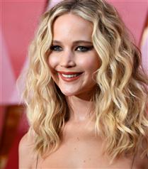 Jennifer Lawrence Nişanlandı!