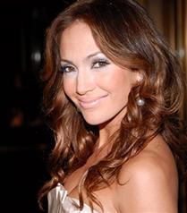 Jennifer Lopez`e pırlanta hediye