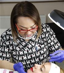 Kalıcı Makyajın Yeni Gözdesi: Gözaltı Kamuflajı