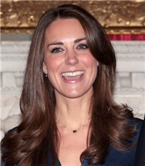 Kate Middleton, düğün için seçtiği tasarımcıları sarayda konaklamayı şart koştu mu?