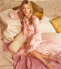 Kate Moss, Jimmy Choo Pre-Fall 2020 Kampanyası İçin Objektif Karşısında