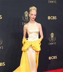 Kırmızı Halı: 2021 Emmy Ödülleri