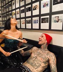 Kourtney Kardashian ve Travis Barker Nişanlandı