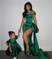 Kylie Jenner ve Kızı Stormi'nin Kusursuz Noel Uyumu
