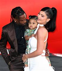 Kylie Jenner ve Travis Scott Barıştı!