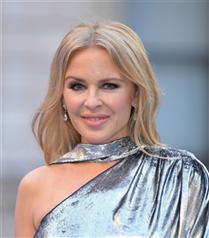 Kylie Minogue da Makyaj Markası Çıkardı!