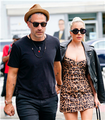 Lady Gaga ve Christian Carino Nişanlandı