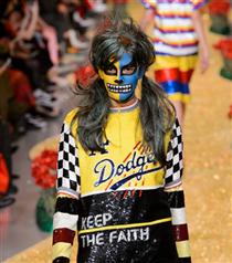 Londra Moda Haftası: Ashish Sonbahar 2017