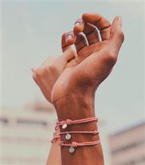 Louis Vuitton x Sophie Turner x UNICEF