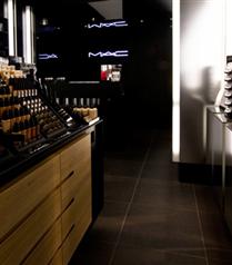 MAC İzmir mağazası açılıyor