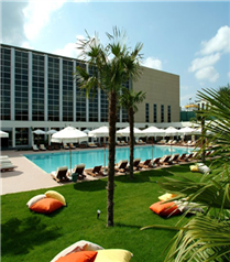 Masaj ve havuz keyifli yaz rüyası