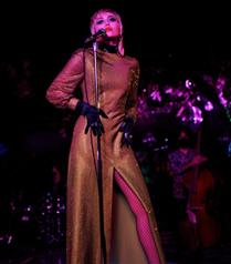 Miley Cyrus, Metallica Şarkılarına Cover Yapacağı Bir Albümü Müjdeledi